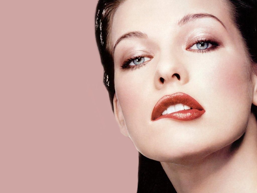 Milla Jovovich model