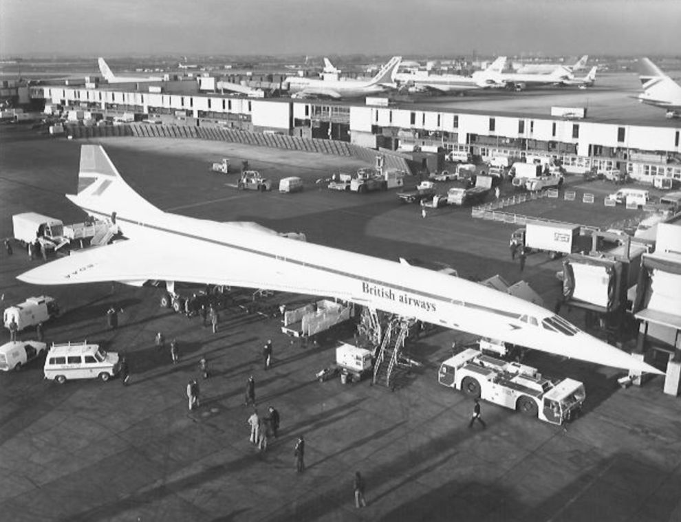 Concorde G-BOAA prepares for the first commercial flight from LHR to BAH