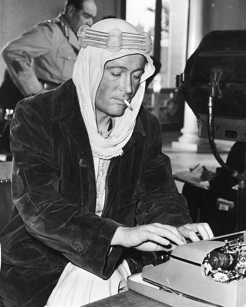Peter O'Toole behind the scenes of Lawrence of Arabia (1962)