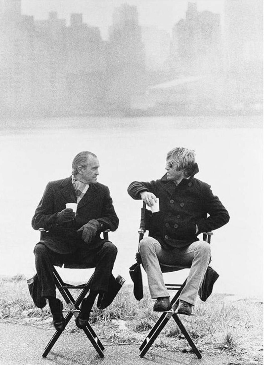 Richard Helms with Robert Redford on the set of the film Three Days of a Condor