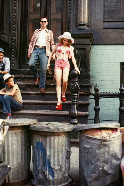 Robert De Niro and Jodie Foster behind the scenes of Taxi Driver (1976)