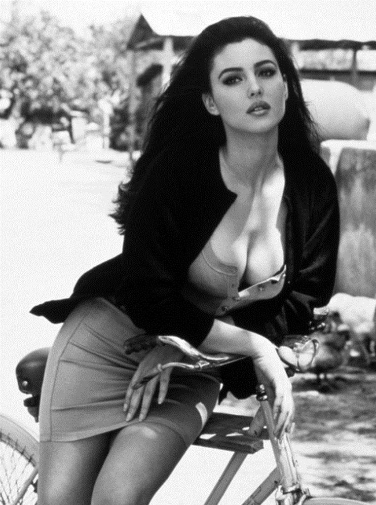 Monica Bellucci by Frederic Meylan, September 1991