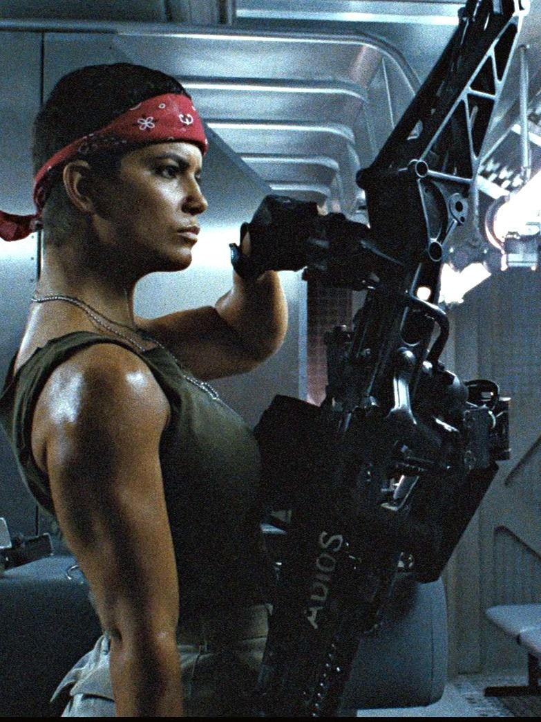 aliens Jenette Goldstein as Private Vasquez