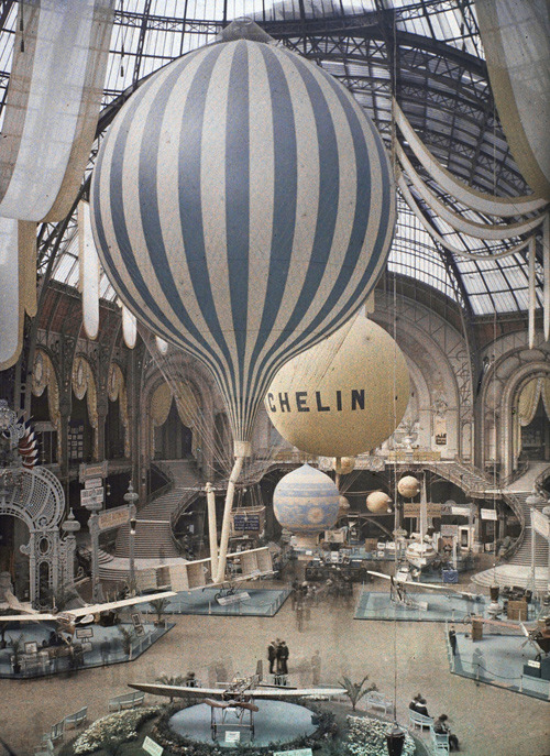 Grand Palais in Paris by Léon Gimpel